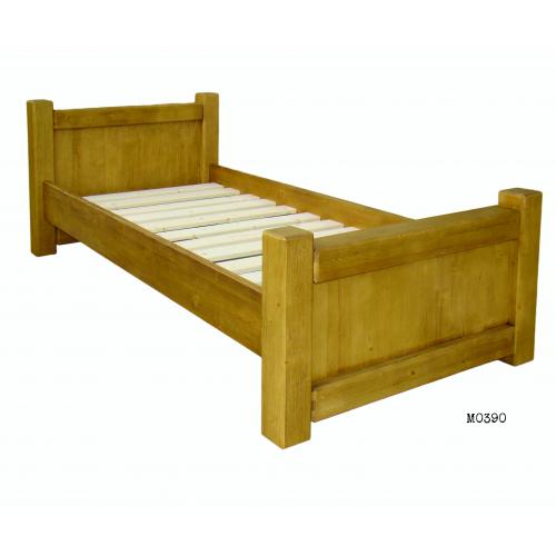 Maienfeld ágy